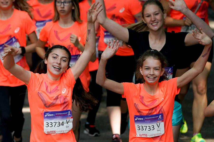 Girls Frauenlauf Start